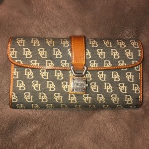 Dooney & Bourke vintage wallet.
